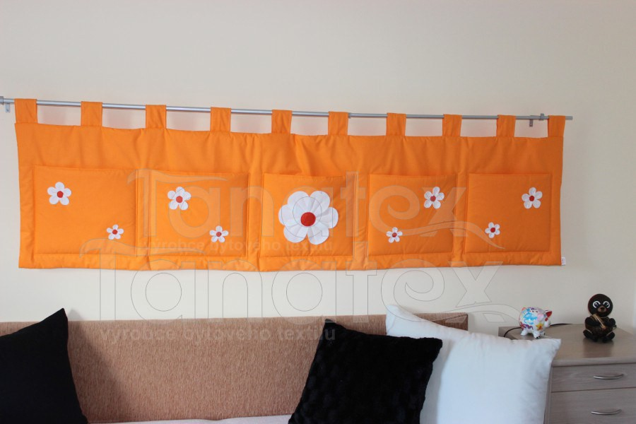 Kapsář - Uni oranž s kytičkama - kapsář speciál