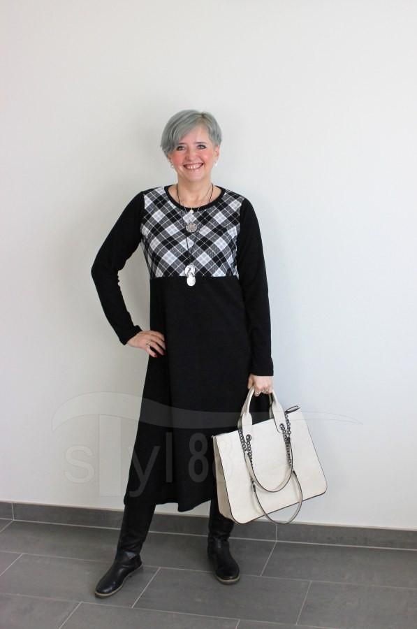 Úpletové šaty - kostka - černé
