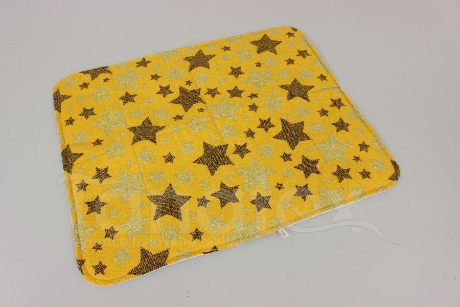 Pratelná podložka - větší hvězdy na hořčicové