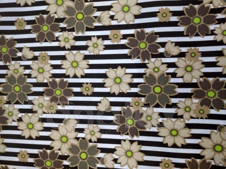 Schody pro psa Béžové květy v pruzích
