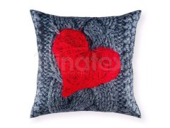 Polštář Valentýn - srdce v šedé Na Valentýna
