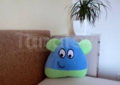 Polštářek - mikro Pou s ušima - modrý se zelenou Polštář POU - Pou polštářek malý - Pou malý - klasik