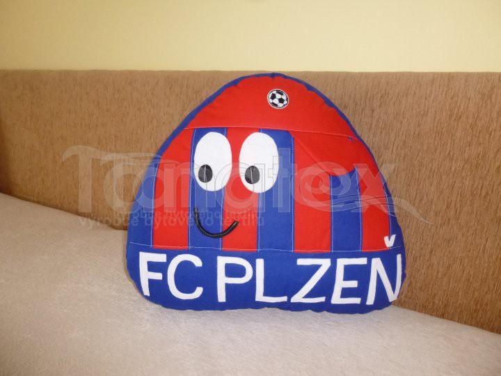 Polštářek - bavlněný velký Pou - Plzeňák s nápisem - Pou velký fotbalista - hokejista