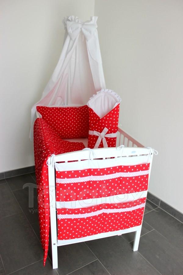 5 ti dílná sada Bílá srdíčka na červené - Zvýhodněné sady pro miminko