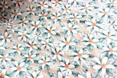 Viskóza 100% - Bílé květy na béžové metráž - metráž viskóza 100%