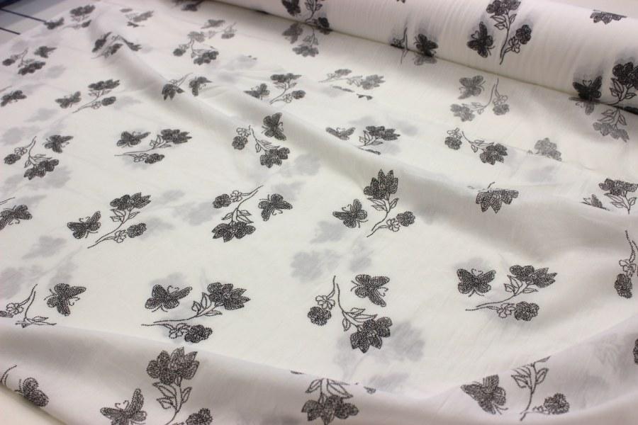 Metráž Černošedé kytičky na bílé - bavlna se vzorem