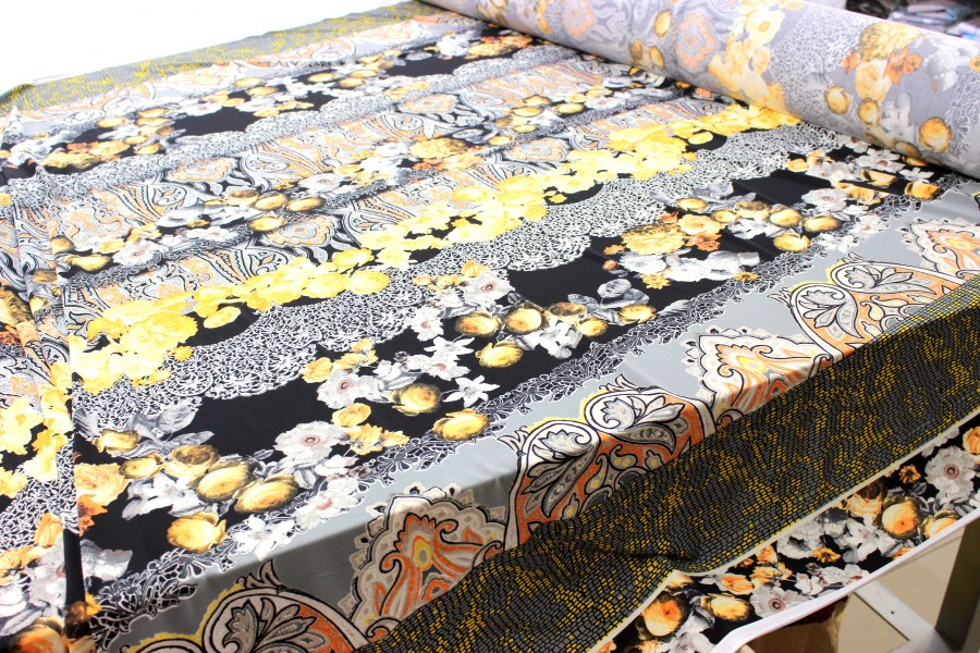 Úplet - Květy žluté - metráž úplet