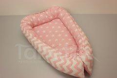 Hnízdečko Hvězdy na růžové - růžový velký cik cak Hnízdečko pro miminko - Hnízdečka do postýlky z bavlny