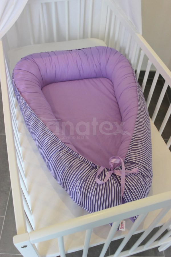 Hnízdečko Fialový pruh s uni fialovou - Hnízdečka do postýlky z bavlny