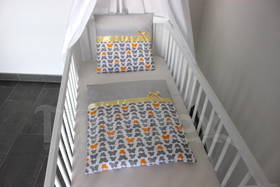 Plymo exclusive - 4dílná sada - Motýlci šedí a žlutí - šedý proužek - Plymo do kočárku
