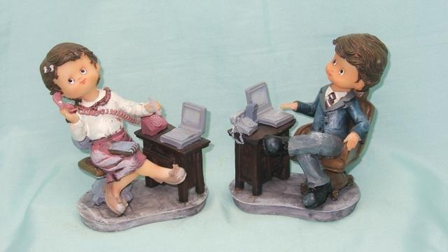 Děti u psacího stolu